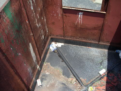 Tutor's Dumpster: Inside View